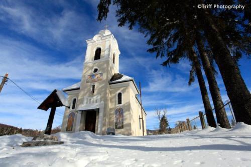 Gyümölcsoltó Boldogasszony ortodox templom